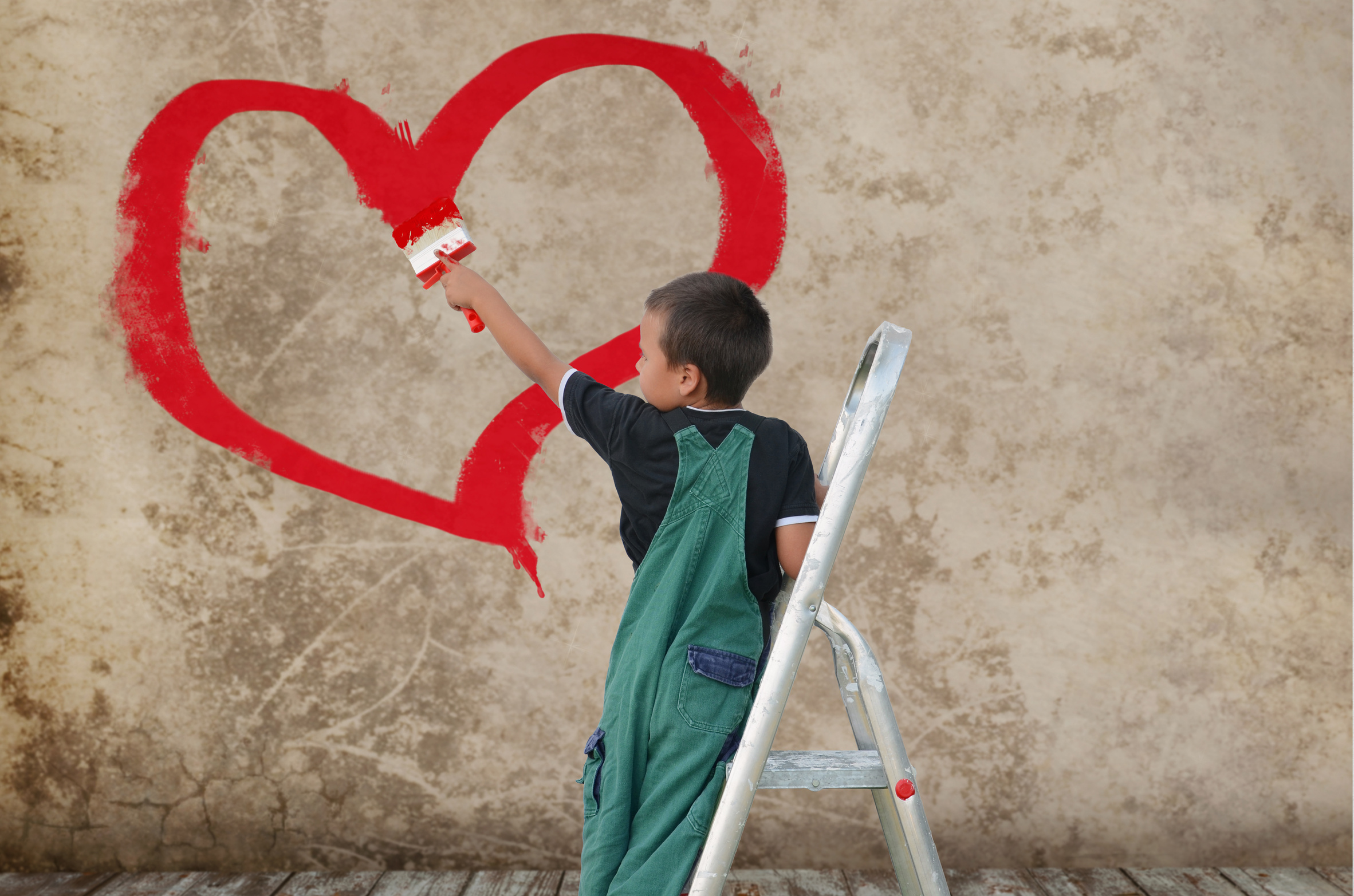 Junge mit Herz © Fotolia
